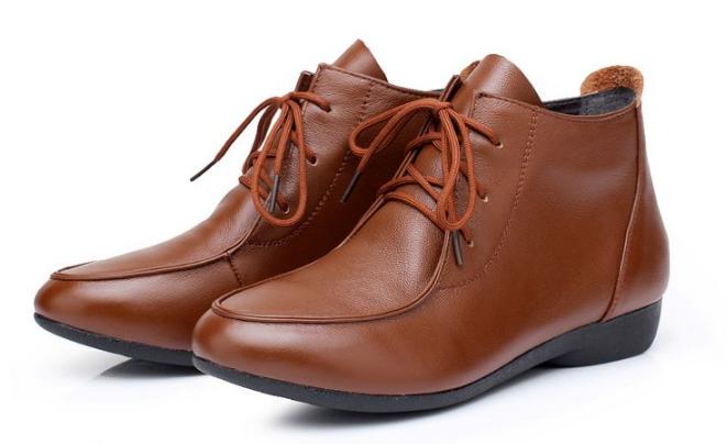 旧皮鞋翻新改色不掉色的技术流程