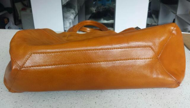 真皮包包翻新改色施工流程